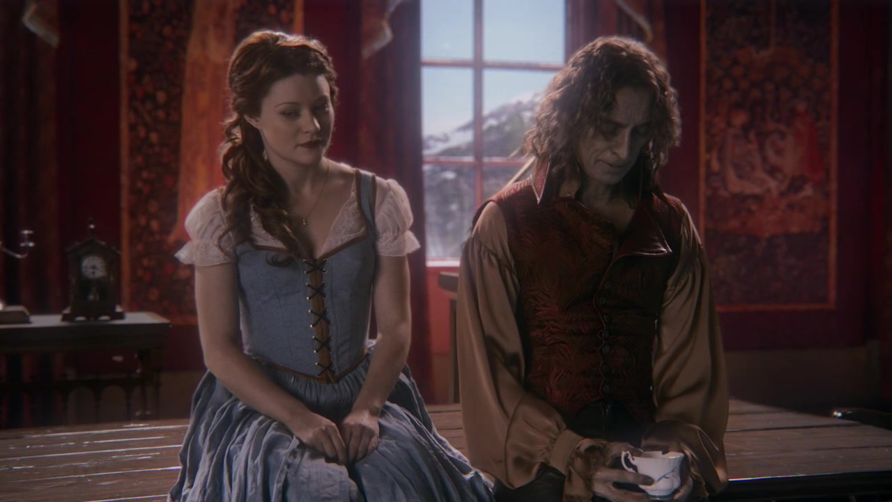 Le Rumbelle - Page 38 Once-upon-a-time-1x12-skin-deep-1579